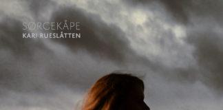 Kari Rueslåtten Sørgekåpe BLEZT